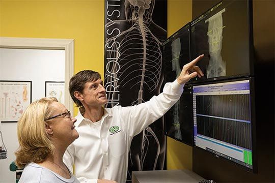 Chiropractor Andalusia AL Charles Raley IV X-Ray Demo
